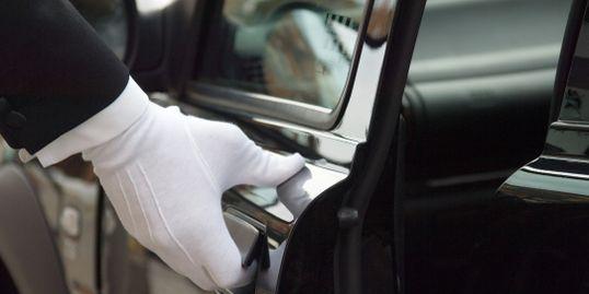 nashville-limo-white-glove